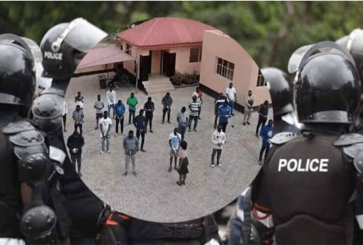 Police arrest 33 fraudsters in a dawn police raid in Accra [ Watch photos]